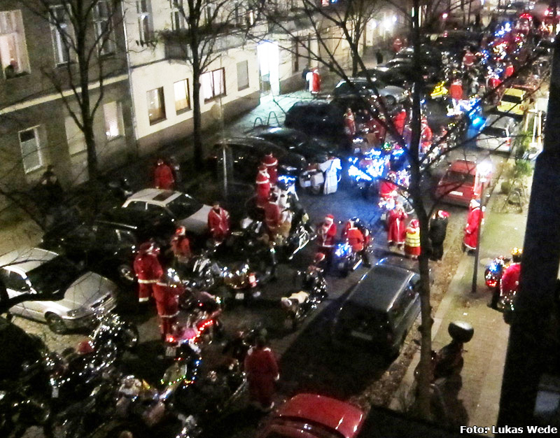 Weihnachtsbiker